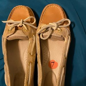Sperry Womens.
